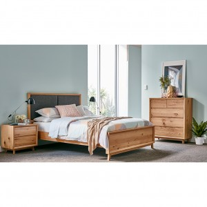 Boston Queen Bed