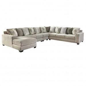 Swanson Corner Lounge